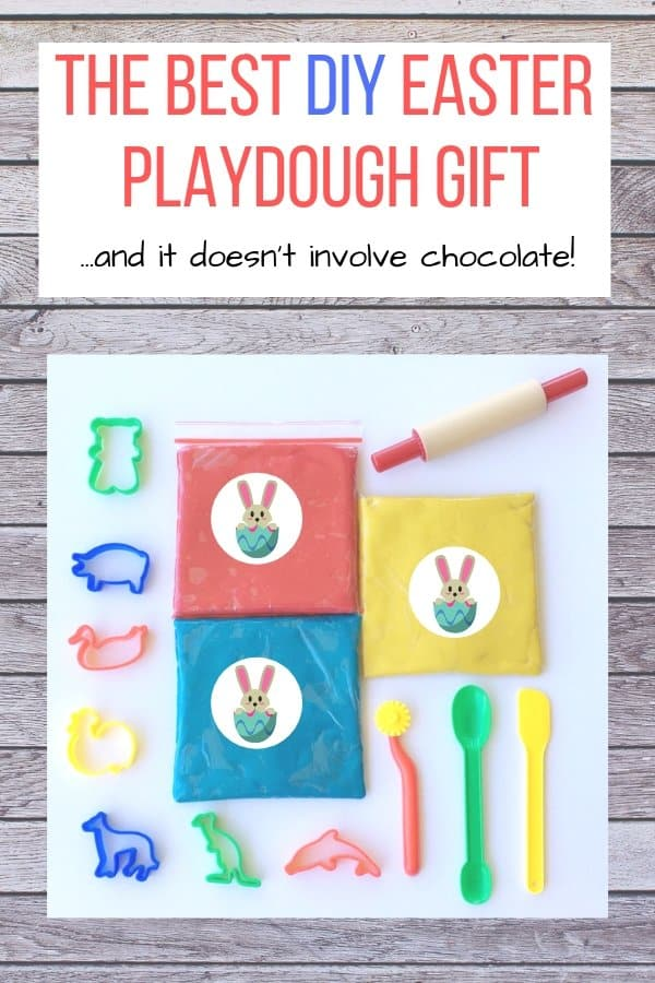 Easter playdough with text The Best DIY Easter Playdough gift and it doesn't involve chocolate.