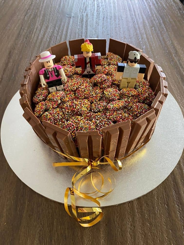 Roblox cake ideas