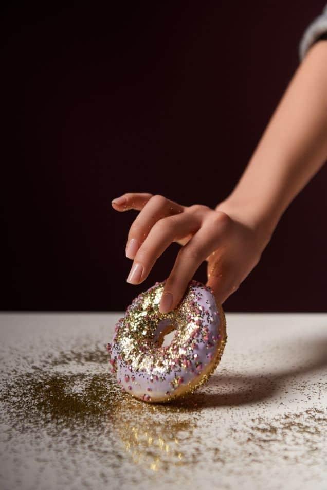 edible gold sprinkles