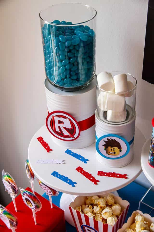 Roblox birthday decorations