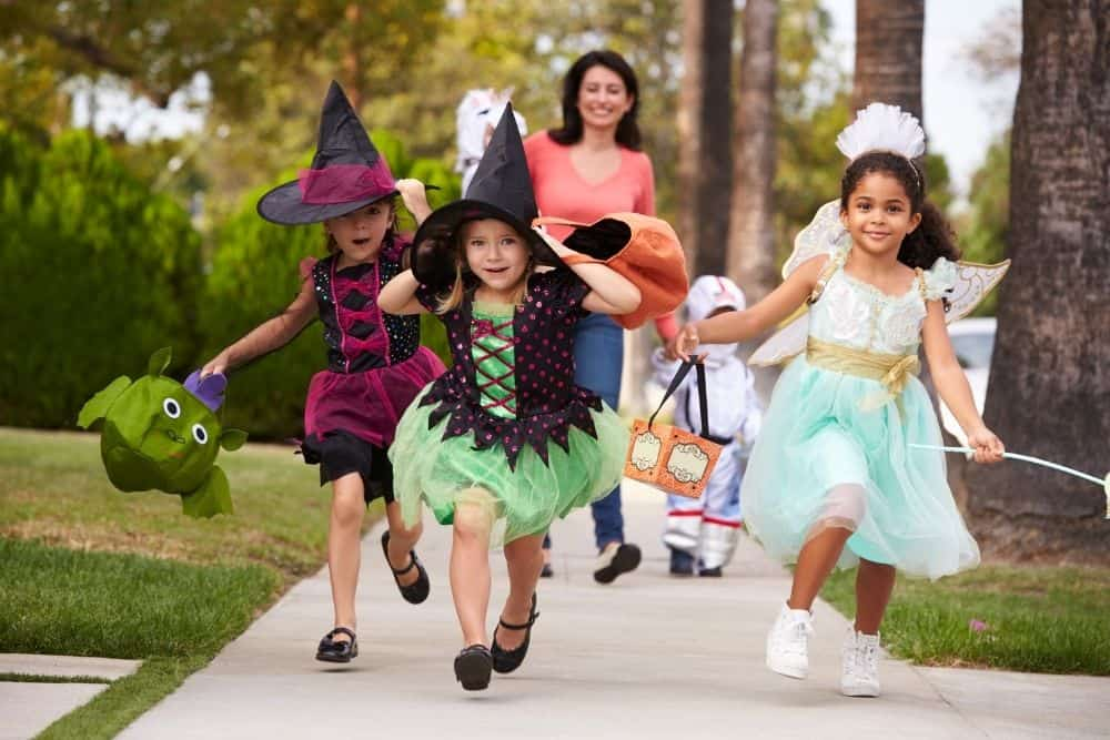 Halloween witches trick or treating